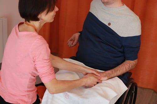 Massage personne fragilisée Delphine Cottone Seurre